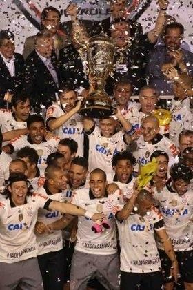 O começo de 2013 foi bom para o Corinthians. A equipe derrotou o Santos de Neymar em plena Vila Belmiro e levantou o troféu de campeão paulista. De quebra, impediu o Peixe de conquistar o tetracampeonato inédito.