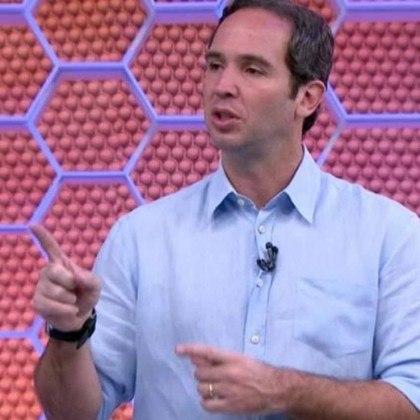 O comentarista Caio Ribeiro, da Globo, foi outro profissional que contraiu a doença. Ele está afastado de suas funções.
