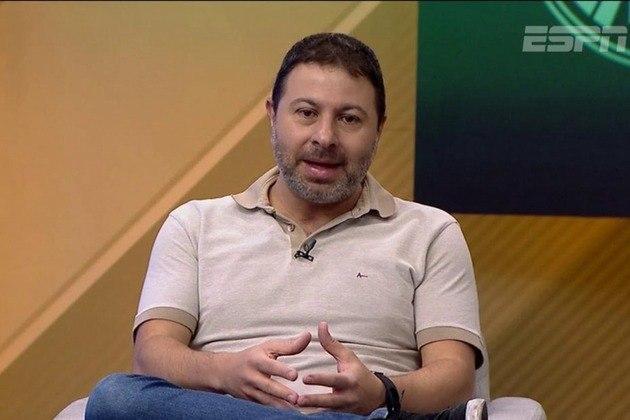 O comentarista Mário Marra renovou seu contrato com a ESPN. Ele aceitou a exclusividade da empresa e deixou a Rádio Globo/CBN.
