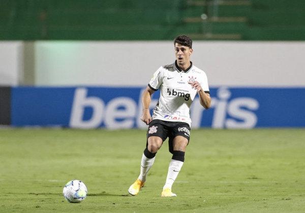O Corinthians conseguiu uma virada no final do jogo sobre o Goiás com gol de cabeça de Danilo para vencer por 2 a 1, fora de casa, na noite desta quarta-feira em duelo válido pelo Campeonato Brasileiro. Confira as notas do Timão no LANCE! (por Gabriel Santos)