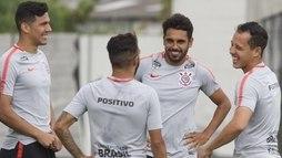 Corinthians tenta passar pelo Bragantino para chegar à semifinal do Paulistão ()