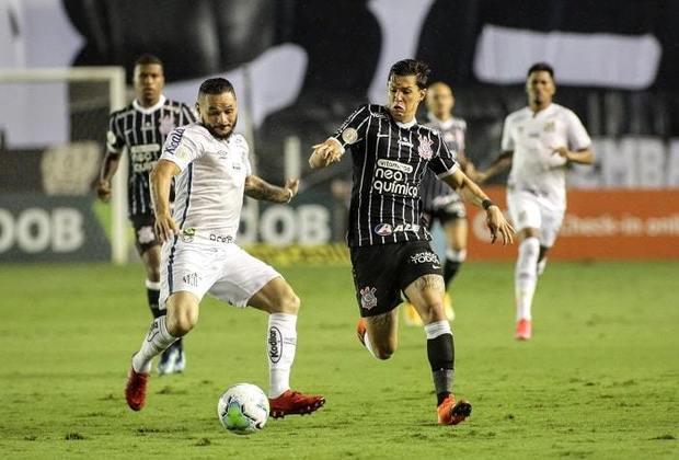 O Corinthians entrou em campo nesta quarta-feira para disputar uma decisão pela vaga na Libertadores com o Santos, mas uma queda de energia acabou atrapalhando os planos e quebrando o ritmo do jogo. Mateus Vital foi melhor em campo na Vila. Veja as notas na galeria a seguir: