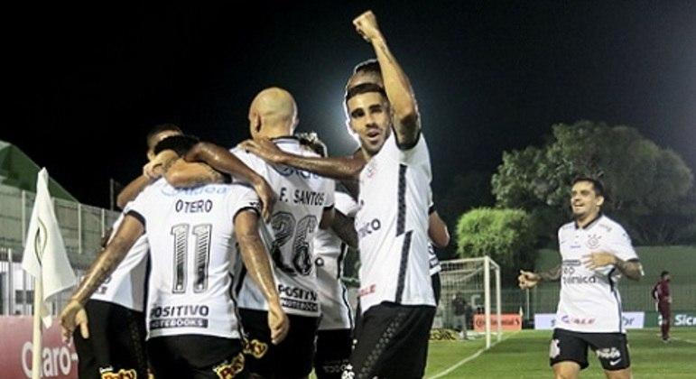 A comemoração envergonhada do Corinthians. Contra o clube de Quarta Divisão do Brasil