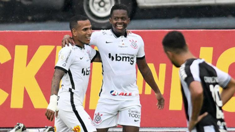 O Corinthians venceu o Botafogo na tarde deste domingo, pela 27ª rodada do Brasileirão, por 2 a 0, no estádio Nilton Santos. Cazares e Gustavo Mosquito foram os destaques do time, sendo os principais jogadores do Timão na partida. Confira as notas do Corinthians no LANCE! (por Redação São Paulo)