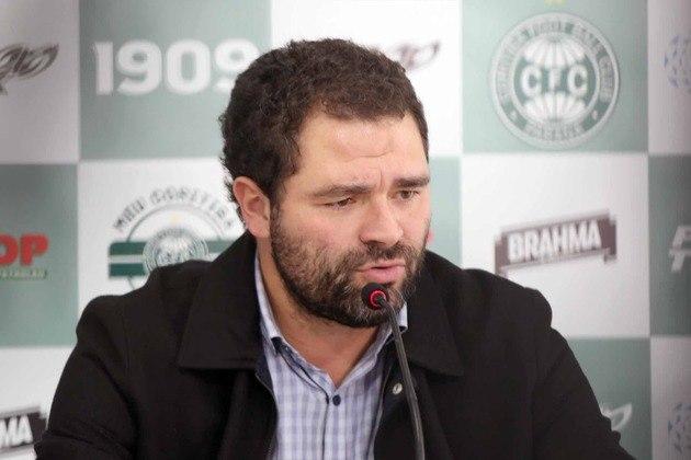 O Coritiba foi mais um representante do Paraná, com o presidente, Samir Namur, pessoalmente na reunião