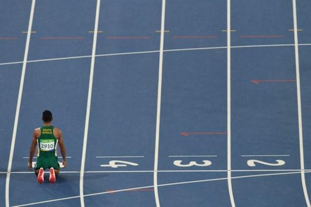 O corredor sul-africano Wayde van Niekerk detém o recorde olímpico dos 400 metros rasos. Ao completar a prova em 43,03s, ele entrou para a história dos Jogos na edição do Rio de Janeiro.