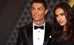 O craque português Cristiano Ronaldo namorou a modelo russa Irina Shayk por cinco anos. Eles terminaram em 2015.