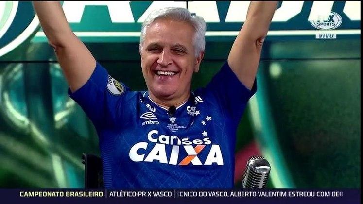 O Cruzeiro eliminou o Flamengo nas oitavas de final da Libertadores de 2018. Como havia apostado em uma vitória rubro-negra, Fábio Sormani teve que participar do Fox Sports Rádio com a camisa da Raposa.