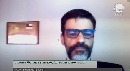 O delegado Alexandre Saraiva, da PF