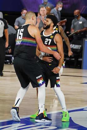 O Denver Nuggets teve problemas para superar o desfalcado Utah Jazz na estreia dos playoffs 2020. O Jumper Brasil deu as notas aos jogadores, baseadas em estatísticas durante a partida