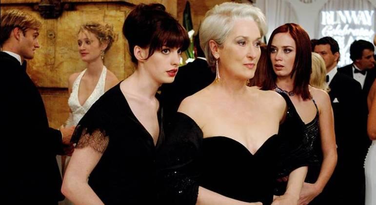 Anne Hathaway e Meryl Streep; as protagonistas do filme lançado em 2006