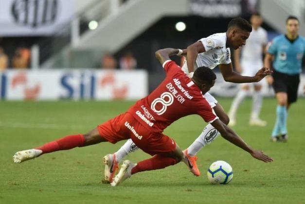O empate em 0 a 0 contra o Internacional, na Vila Belmiro, pela sexta rodada do Brasileirão, no dia 26 de maio de 2019, marcou o último jogo de Rodrygo pelo Santos. O último gol foi marcado duas rodadas antes, na vitória por 3 a 0 contra o Vasco, também na Vila, no dia 12 de maio.