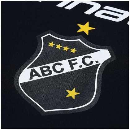 O escudo do ABC tem várias estrelas. As quatro menores para os títulos do profissional, aspirante, juvenil e infantil no estadual de 1954. A maior pelo título estadual no ano sesquicentenário da Independência do Brasil