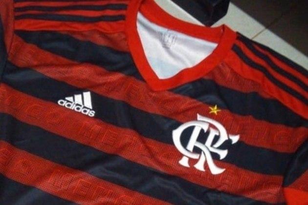O escudo do Flamengo tem uma estrela dourada que representa a conquista do Mundial de 1981, em cima do Liverpool.