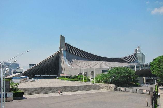 O Estádio Nacional Yoyogi abrigará as partidas de handebol dos Jogos Olímpicos. A arena, que possui uma arquitetura conhecida por seu teto suspenso, foi erguida para os Jogos de 1964.