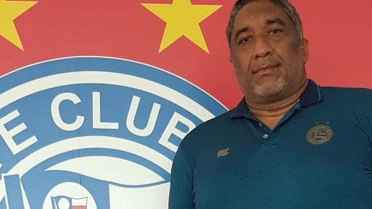 O ex-goleiro Renê Marques foi contratado para ocupar a função de coordenador de futebol do Sport Clube Bahia. Com 43 anos, Renê vestiu a camisa do clube como jogador em 2010.