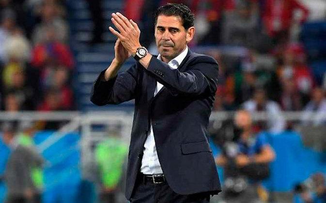 O ex-jogador ganhou todos os títulos possíveis pelo clube merengue e foi capitão da seleção espanhola por vários anos. Hoje atua como técnico
