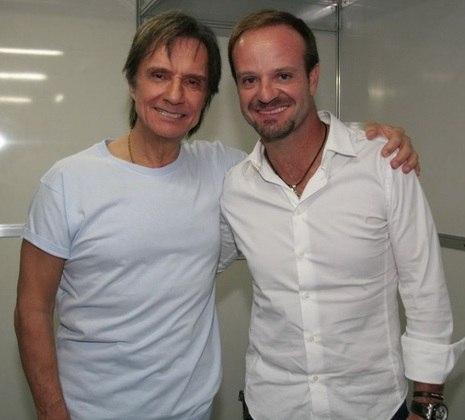 O ex-piloto RUBENS BARRICHELLO também foi um dos espectadores de shows do cantor.