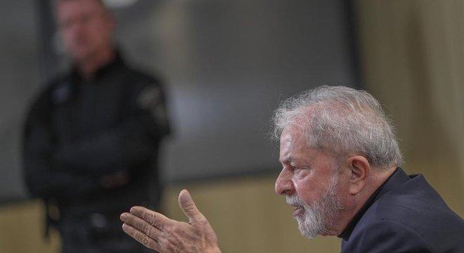 Lula concedeu entrevista exclusiva à BBC News Brasil na Superintendência da PF em Curitiba, em agosto de 2019