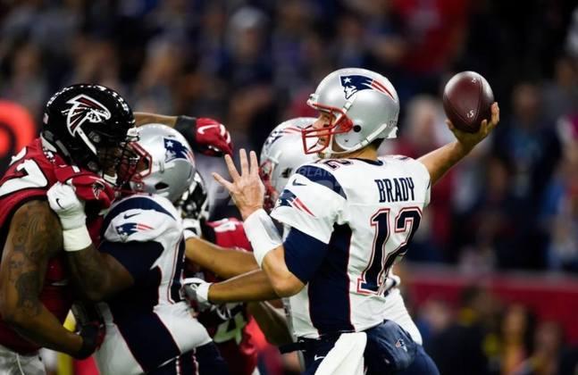 O famoso jogo do 28 a 3 e uma das mais fantásticas viradas da história. Brady foi o MVP do confronto, com 466 jardas passadas e dois passes para touchdowns.