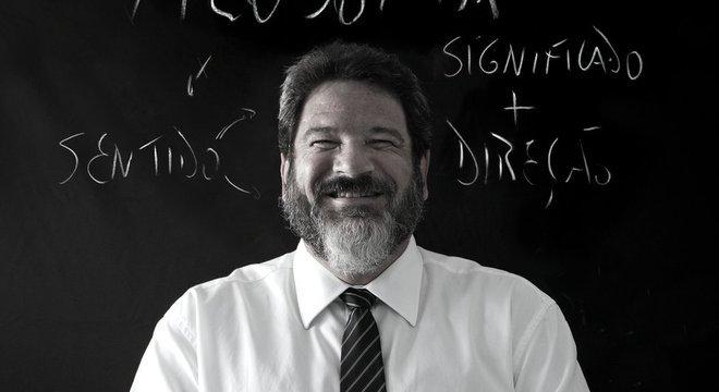Cortella: debates sobre educação são muitas vezes 'superficiais' ou 'canalhas'
