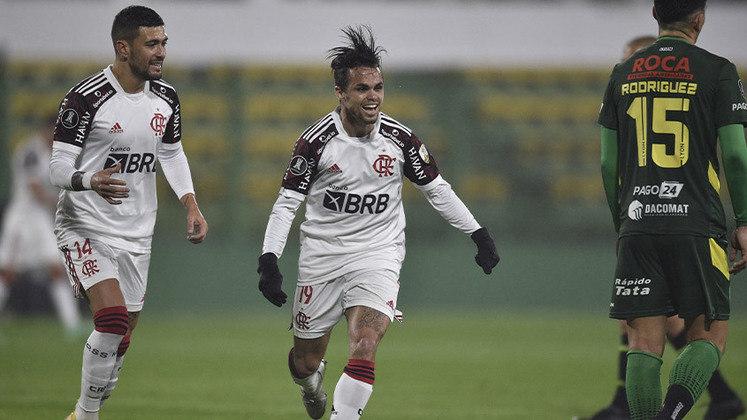 O Flamengo não encantou, mas venceu na estreia de Renato Gaúcho. Com gol de Michael e grande atuação de Diego Alves, o Rubro-Negro bateu o Defensa y Justicia por 1 a 0, na Argentina, e saiu em vantagem nas oitavas de final da Libertadores. (por Lucas Pessôa - lucaspessoa@lancenet.com.br)