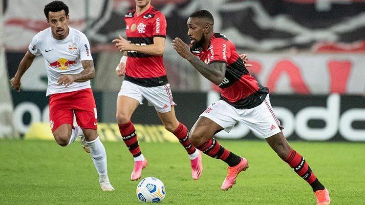 O Flamengo perdeu para o RB Bragantino por 3 a 2, neste sábado, no Maracanã. Jogando com time misto, o rubro negro foi o melhor em campo durante boa parte da partida, mas não foi páreo para o clube paulista. É a primeira derrota no Brasileirão 2021.