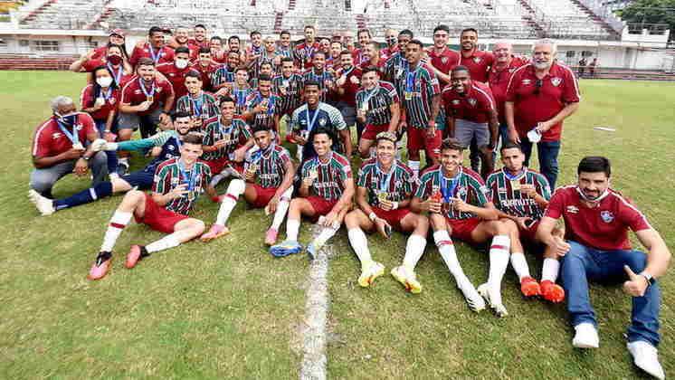 O Fluminense conquistou o título do Campeonato Carioca ao vencer o Flamengo por 4 a 2 no placar agregado, na Gávea. Assim como acontece todo ano, essa geração é vista com alta expectativa pelos torcedores. Veja quem são e a duração dos contratos das joias tricolores.