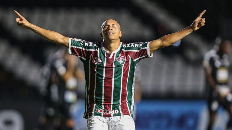 O Fluminense está sem patrocinador master desde a rescisão com a