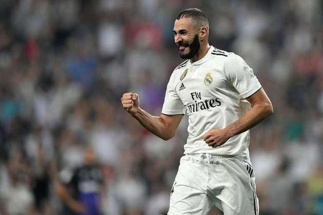 O francês Benzema, atacante do Real Madrid, também chegou aos 14 gols na Liga dos Campeões em 28 jogos disputados.