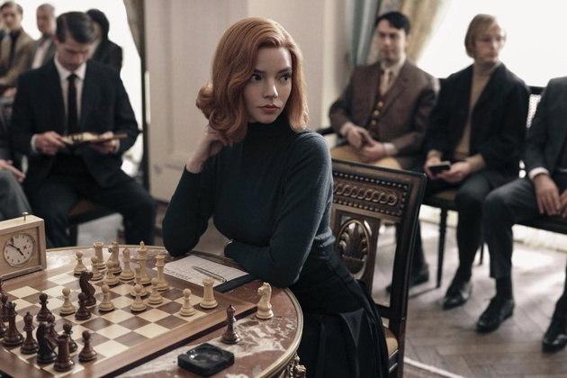 Premiada por O Gambito da RainhaFoi vivendo a prodígio do xadrezBeth Harmon que Anya venceu prêmios importantes como oCritics' Choice Awards, o Screen Actors Guild Awards e O Globo de Ouro