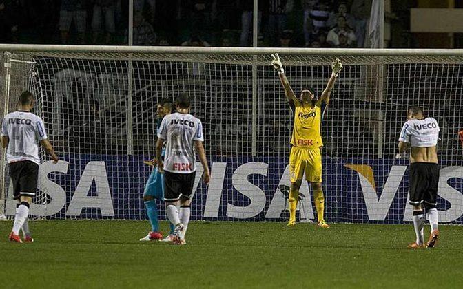 O gigante fechou o gol contra o Santos em plena Vila Belmiro e encaminhou a ida do Timão à final da Libertadores.