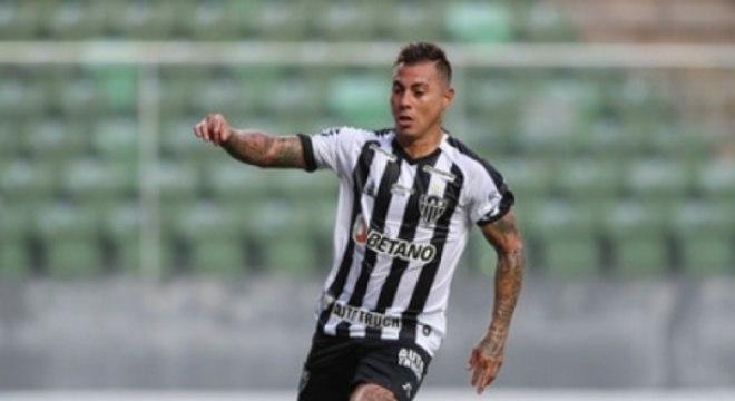 O gol de Vargas contra o Patrocinense foi o de número 150 na carreira do chileno