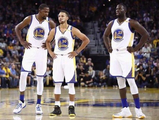 O Golden State Warriors de 2016-17 foi considerado pelo site Bleacher Report como o melhor time de todos os tempos da NBA. Você se lembra daquele elenco?