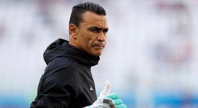 O egípcio El Hadary se tornou o jogador mais velho a entrar em campo numa  Copa 911988e423fe7