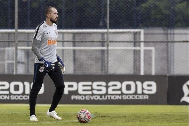 O goleiro Walter, emprestado ao Cuiabá para a disputa da Série A de 2021, tem contrato com o Corinthians até dezembro desse ano.