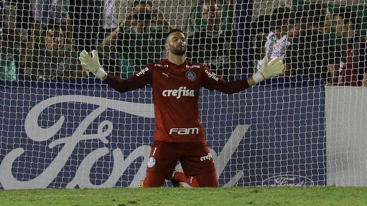 O goleiro Weverton atuou em todos os 1153 minutos de jogos oficiais do Palmeiras em 2020.