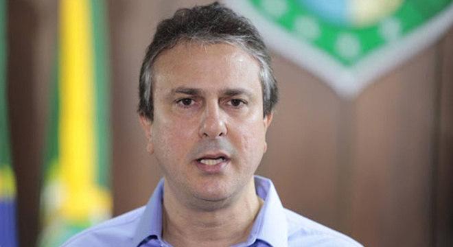 Governador do Ceará antecipa feriados para aumentar isolamento