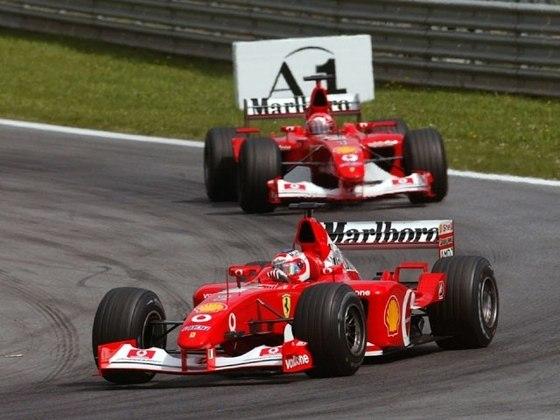 O GP da Áustria de 2002 ficou marcado na história: Barrichello vinha para a vitória quando a Ferrari pediu para deixar Schumacher passar e vencer
