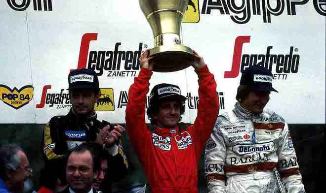 O GP de San Marino teve uma intensa batalha entre Alain Prost e Ayrton Senna. O francês levou a melhor e venceu, mas foi desclassificado e Elio de Angelis assumiu o primeiro lugar