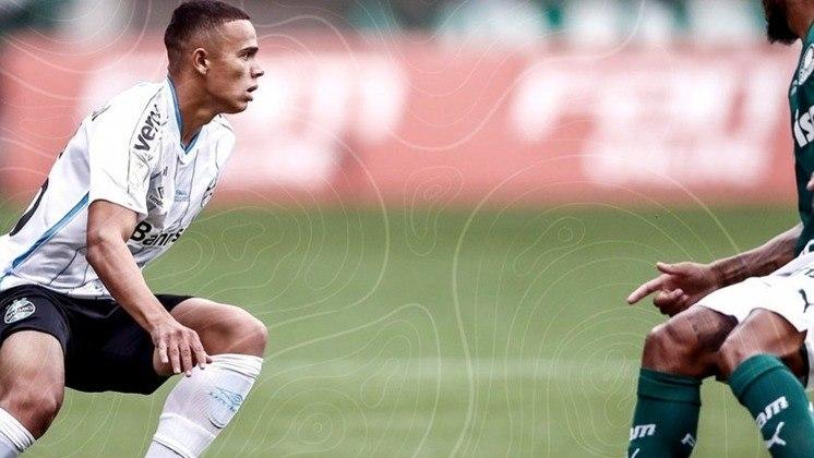 O Grêmio foi ao Allianz Parque precisando vencer o Palmeiras para ser campeão da Copa do Brasil. No entanto, o goleiro Paulo Victor falhou nos dois gols e o ataque gremista não assustou. Veja as notas do LANCE!. (Por Gabriel Santos)