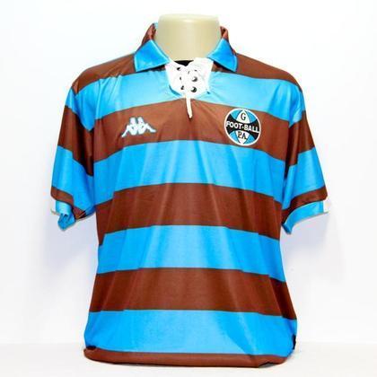 O Grêmio, no amistoso citado acima, também jogou com uma camisa retrô, recordando o primeiro uniforme e o primeiro símbolo do clube. Grêmio e Botafogo tinham a mesma fornecedora de material esportivo, a Kappa.
