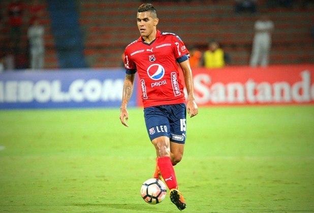 O Independiente Medellin, da Colômbia aparece na 72ª posição, com um preço de 45 dólares, o que dá 139.900 pesos colombianos na sua camisa. A fornecedora é a Puma.