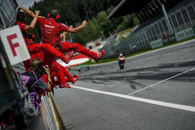 O italiano, entretanto, está sem vaga para 2021 e anunciou que tira um ano sabático das duas rodas