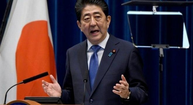 O Japão decidiu nesta quarta-feira fechar por um mês suas principais bases de treinamento esportivo. O anúncio foi feito um dia após o primeiro-ministro Shinzo Abre decretar estado de emergência no país, devido à pandemia do novo coronavírus.