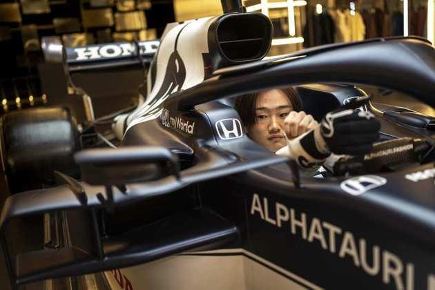 O japonês de apenas 20 anos disputou o título da Fórmula 2 até as últimas etapas, agradou a equipe e ainda conta com apoio da Honda