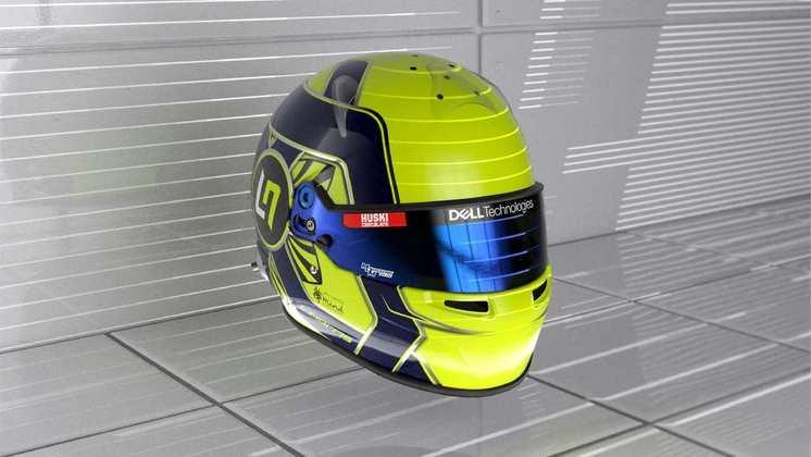 O jovem de apenas 21 segue com o capacete amarelo com detalhes em azul que carrega desde o início da carreira