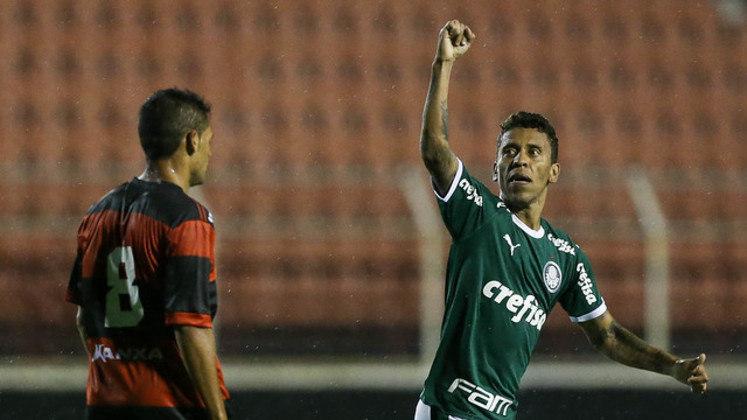 O lateral-direito Marcos Rocha acumula 695 minutos em 2020.
