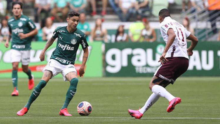 O lateral-esquerdo Diogo Barbosa saiu do banco para jogar uma vez em 2020.
