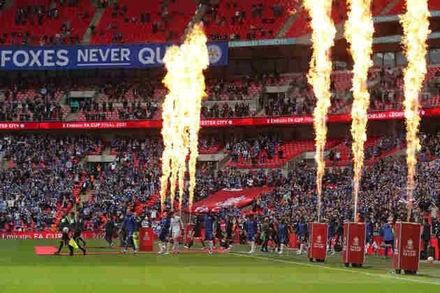 O Leicester venceu o Chelsea neste sábado (15) e conquistou a Copa da Inglaterra pela primeira vez em sua história. O jogo teve a presença de 21 mil torcedores no Estádio de Wembley. Veja a seguir as fotos.